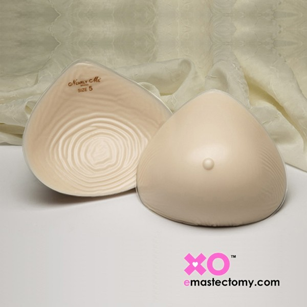 Nearly Me Extra Lightweight Modified Triangle Breast From with Flowable Back 865