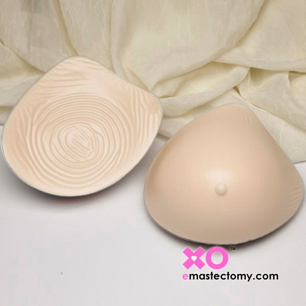 Nearly Me Basic Extra Lightweight Tapered Classic Breast Form 835